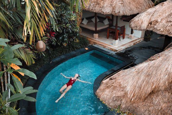 hotel-pool-11